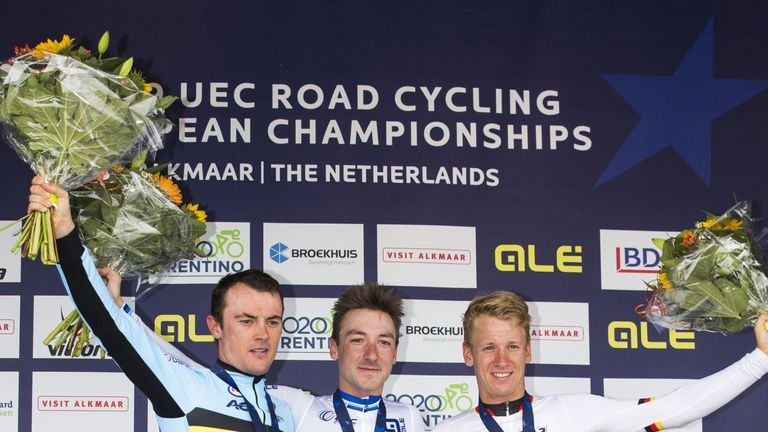 Viviani on the podium at the Road Cycling European Championships
