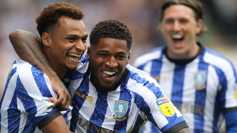 Sheffield Wednesday's Jacob Murphy celebrates his goal with Kadeem Harris