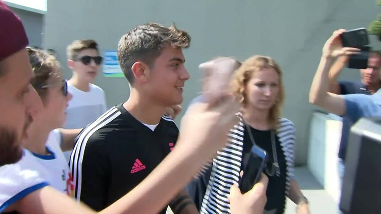 Paulo Dybala reported back to Juventus training on Monday after his move to Manchester United fell through