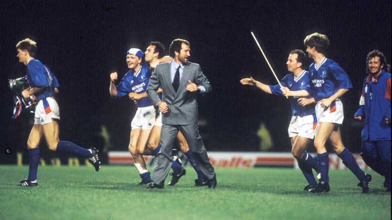 Souness celebrates with players after their League Cup final win over Celtic in 1990