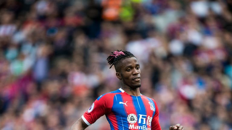 Everton are keen on bringing in Wilfried Zaha from Crystal Palace