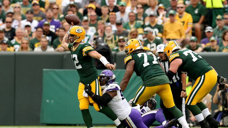 After Aaron Rodgers started fast, the Vikings defense clamped down for the rest of the game