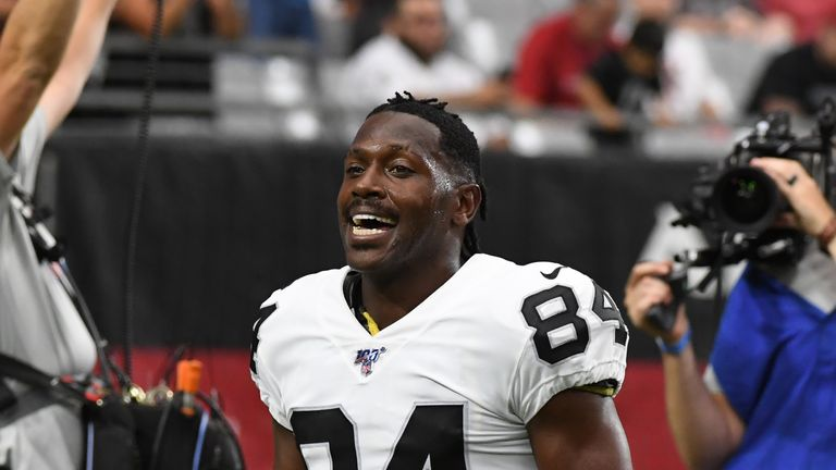 Antonio Brown agreed a deal with the Patriots on Monday