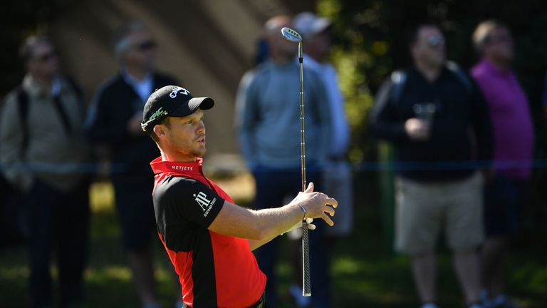 Willett made a mistake at 14 and settled for a 65