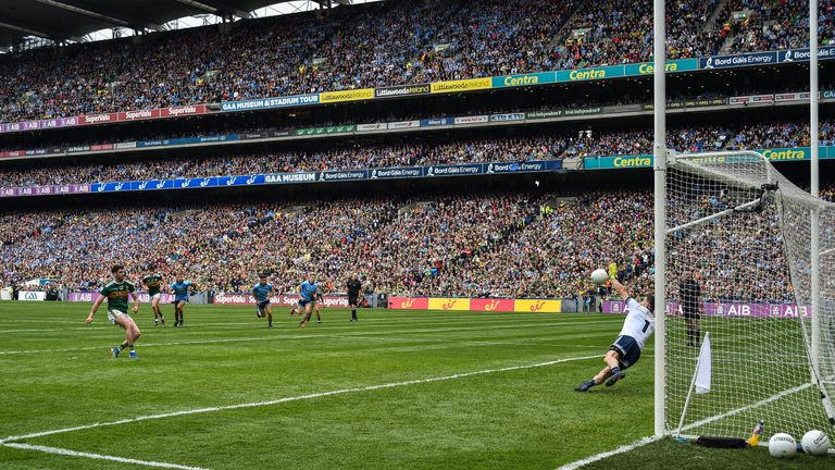Cluxton denied Geaney from the spot