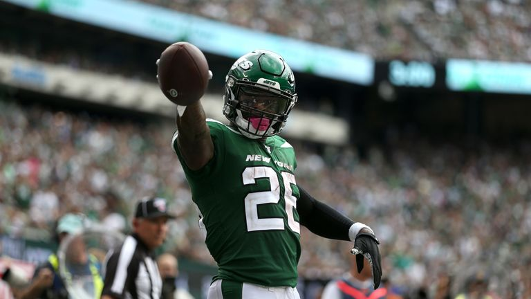 Le'Veon Bell totalled 92 yards and a touchdown in his Jets debut against the Bills