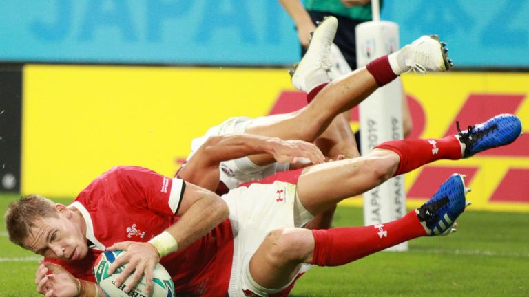 Liam Williams' try secured the bonus point for Wales just before half-time