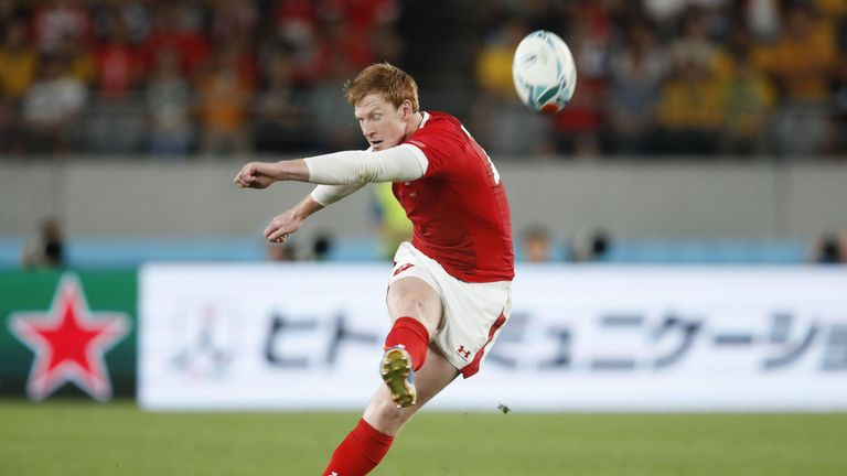 Patchell's late penalty sealed the win for Wales