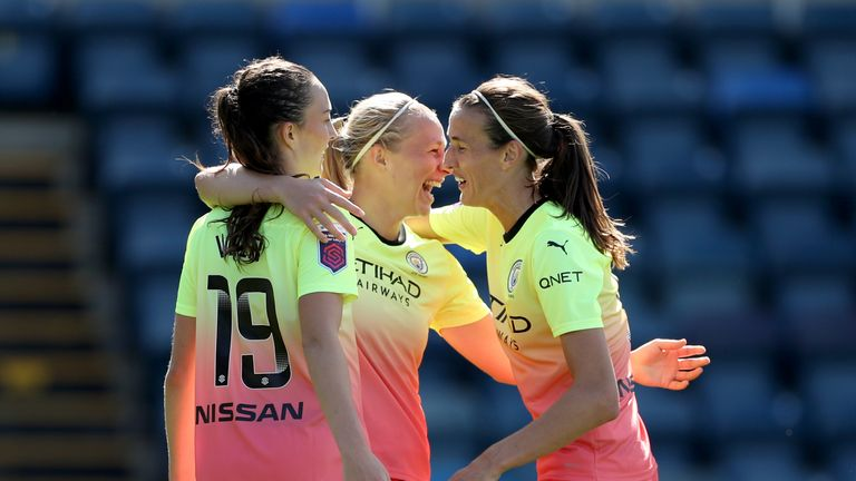 Pauline Bremer scored both Manchester City goals in their 2-0 win