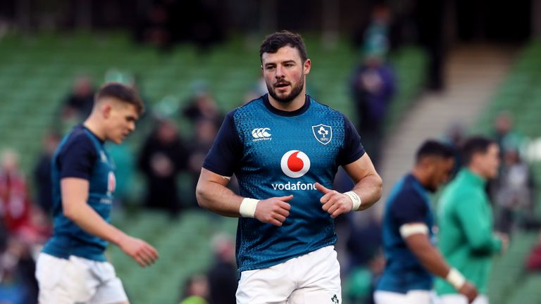 Robbie Henshaw returns to the Ireland midfield against Samoa