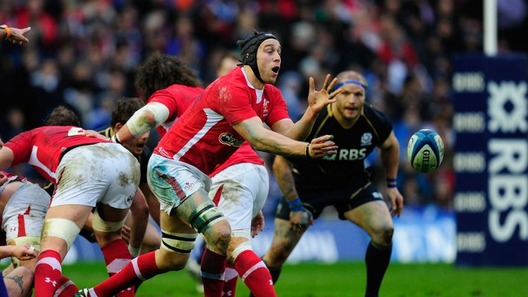 Ryan Jones played 75 times for Wales and is helping -c 3 90ad0d46-2407-41c7-ad91-54b4e0cead2e.ids.heibaidiguo.cn
