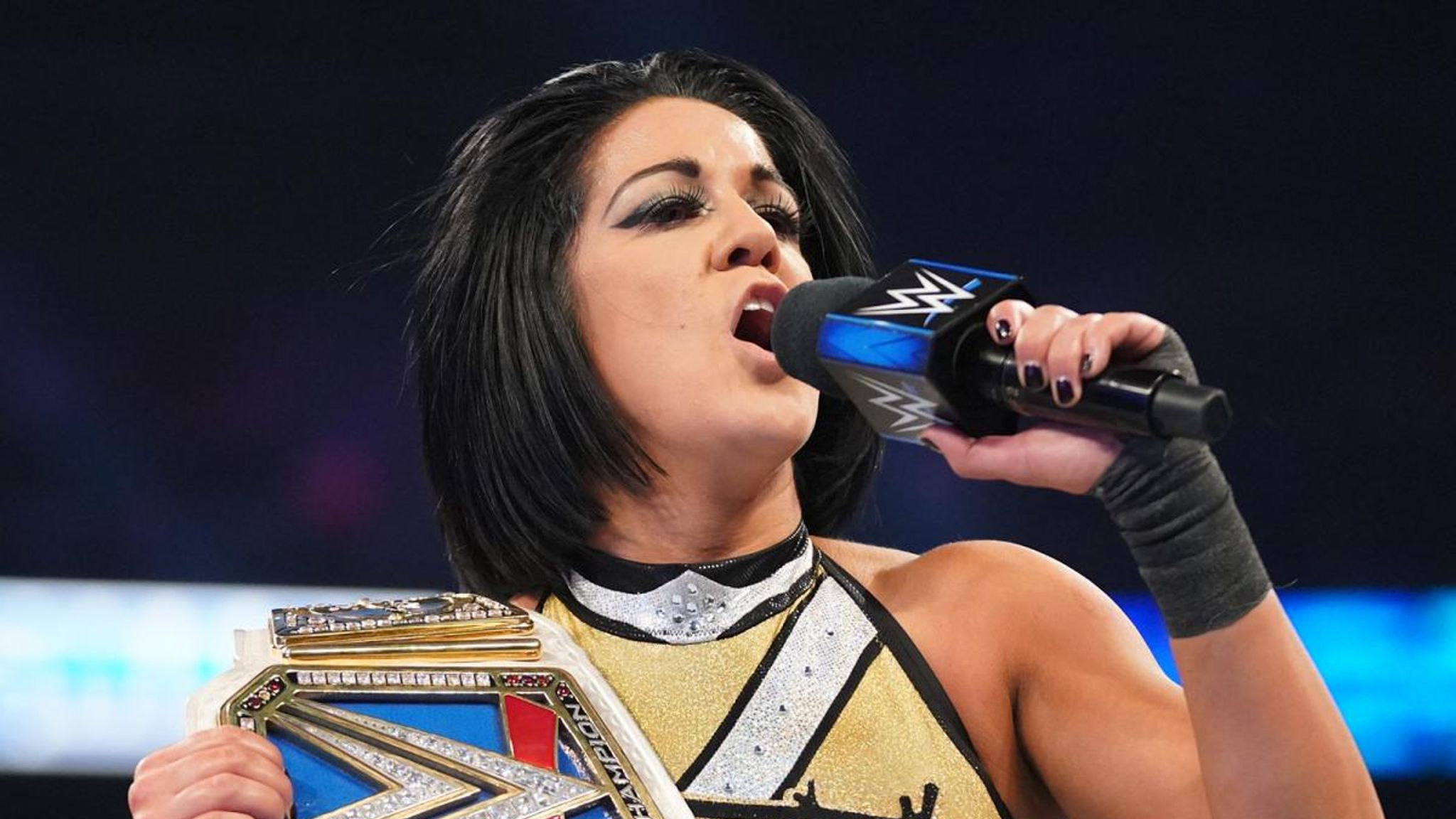 WWE SmackDown: New-look Bayley regains title and turns to dark side