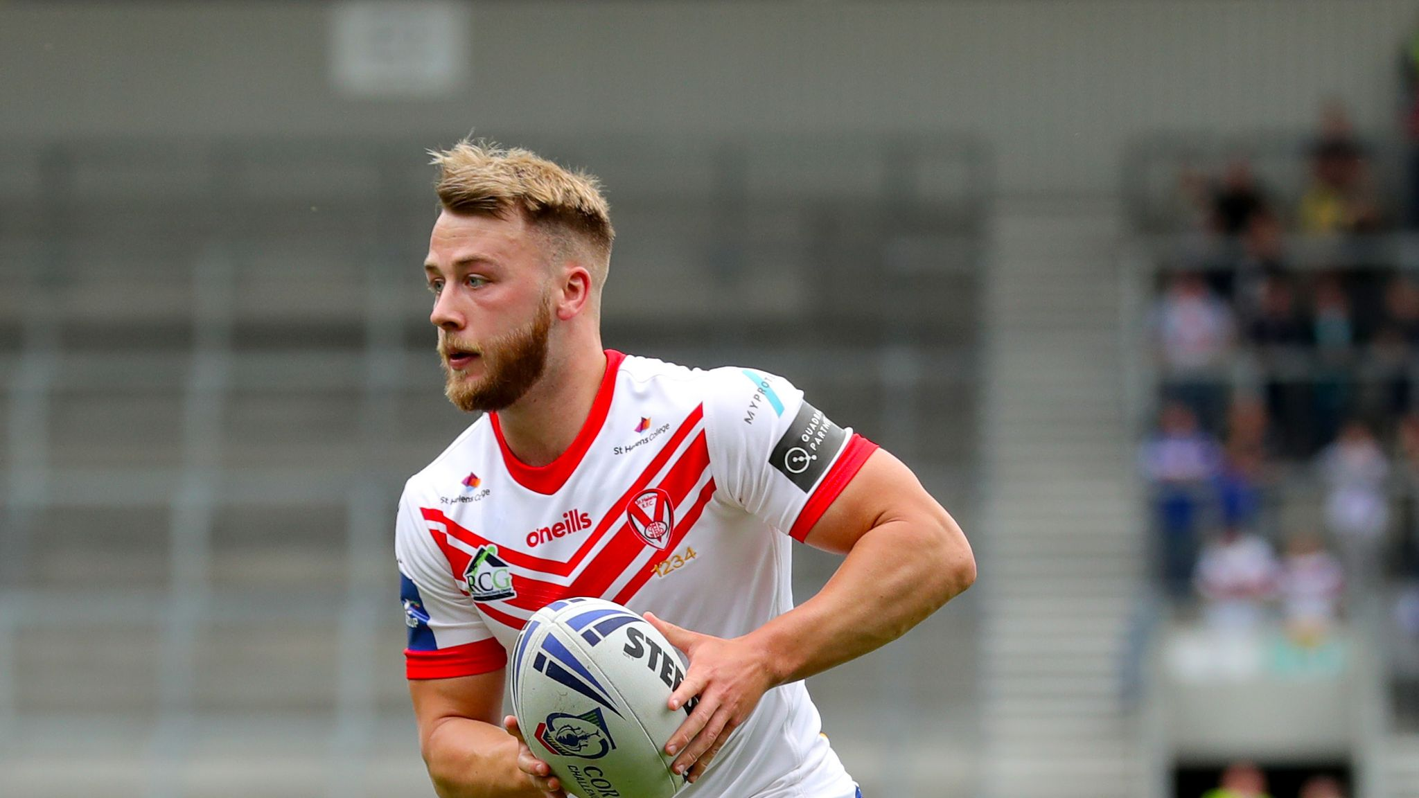 Danny Richardson joins Castleford Tigers from St Helens on three-year deal
