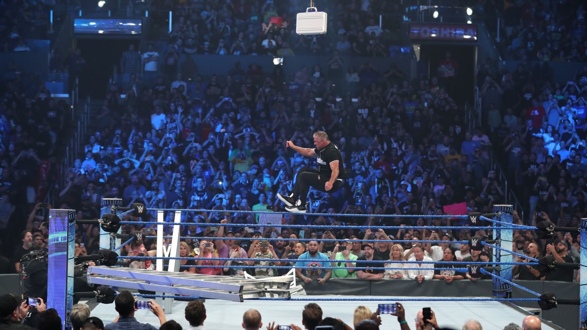 WWE: Major title change on first Friday night SmackDown