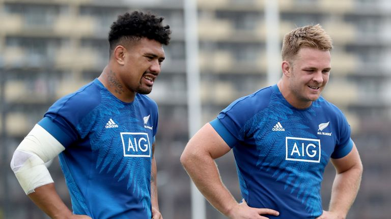 Ardie Savea and Sam Cane (r) have formed an effective partnership in New Zealand's back row