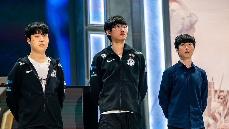 Invictus Gaming will hope to defend their trophy at Worlds this year (Credit: Riot Games)