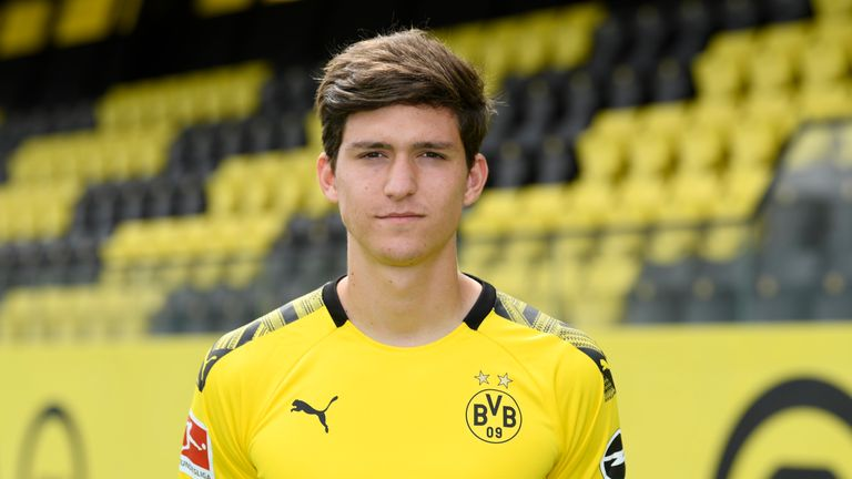 Leonardo Balerdi signed for Borussia Dortmund in January