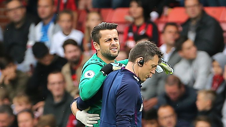 Lukasz Fabianski is facing a lengthy lay-off due to his hip injury