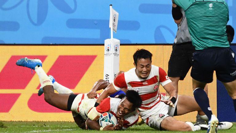 Kotaro Matsushima scores Japan's bonus-point try against Samoa