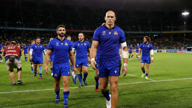 Italy captain Sergio Parisse criticised the actions and lack of a plan B, calling it 'ridiculous'