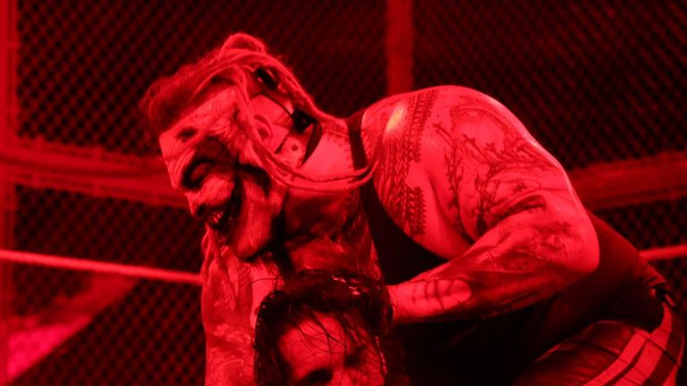 There was a controversial finish to the Seth Rollins-Fiend match at Hell In A Cell