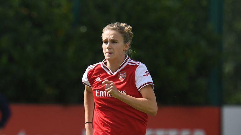 Vivianne Miedema set up Danielle van de Donk for Arsenal's opener