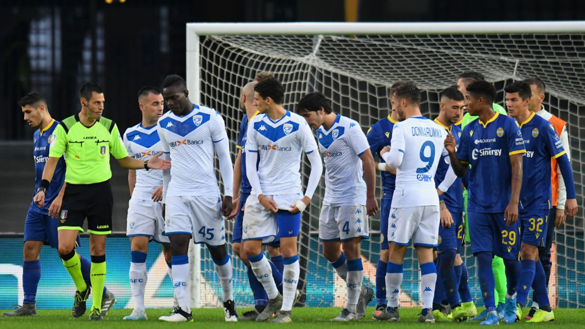 Mario Balotelli: Hellas Verona part-stadium ban suspended after abuse towards Brescia striker
