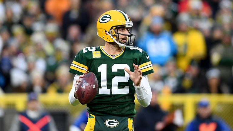 Aaron Rodgers had a strong connection with receiver Davante Adams all game, finding him seven times for 118 yards