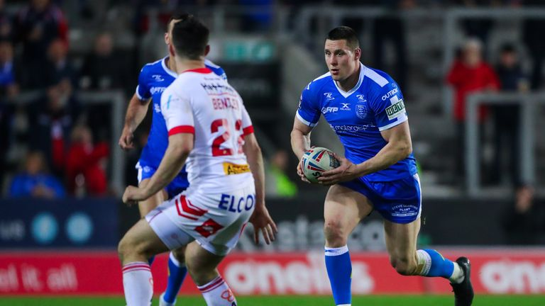 Joel Tomkins is crossing the Channel to join Catalans