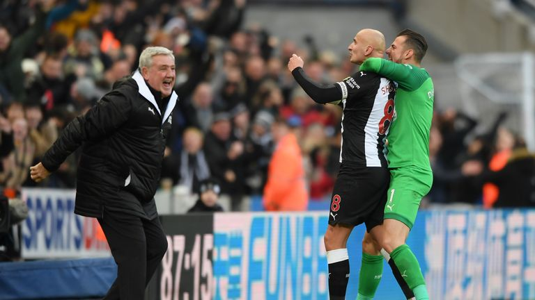 Steve Bruce celebrates Jonjo Shelvey's late equaliser against Manchester City