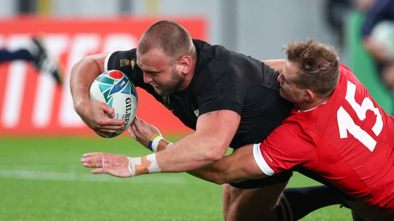 Loosehead Joe Moody scored the first try of the day on five minutes