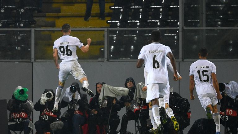 Bruno Duarte celebrates after scoring his late equaliser against Arsenal