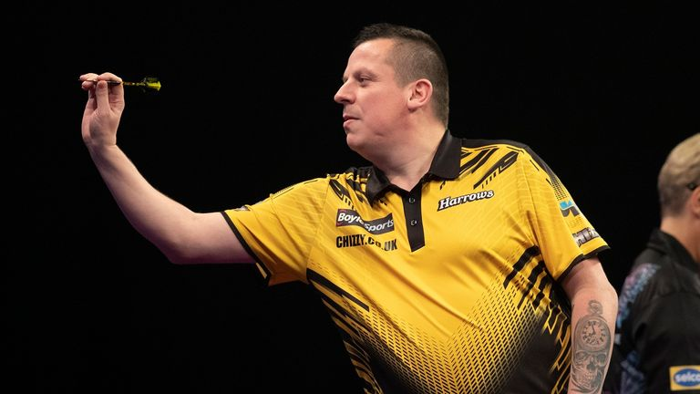 Dave Chisnall is one of just a few big names who have adapted to the PDC's Home Tour