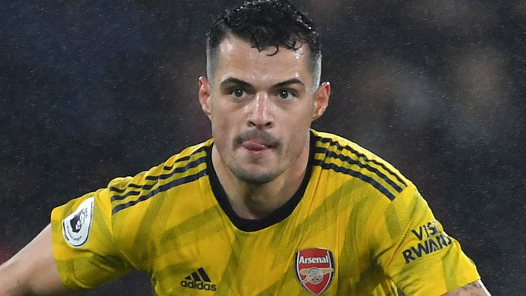 Arteta wants Xhaka to stay at Arsenal