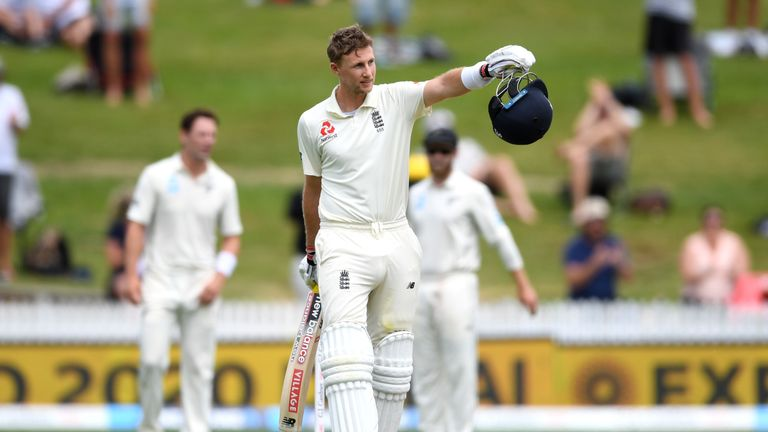 Joe Root gave England hope of victory as they earned a 101-run first innings lead