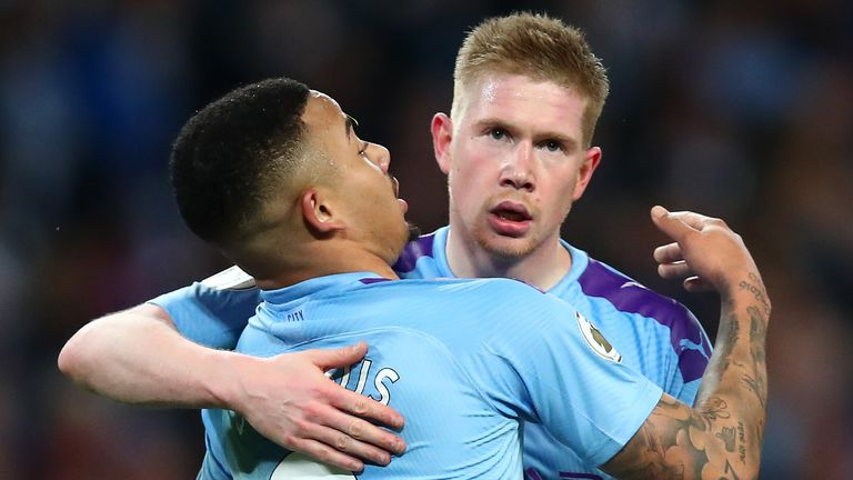 Kevin de Bruyne shone against as Manchester City beat Leicester