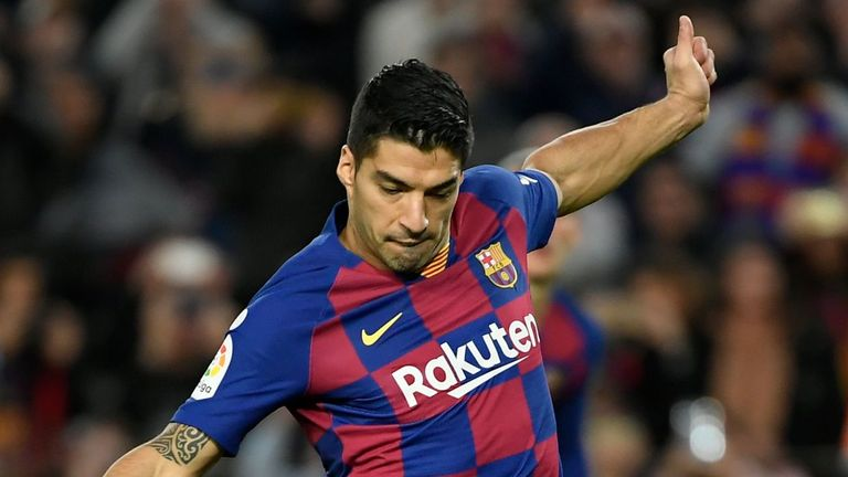 Luis Suarez scored from the spot during Barcelona's win