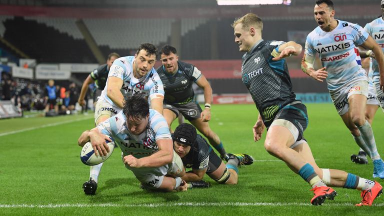 Racing 92 continued their march through Pool Four