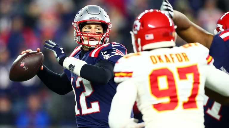 Tom Brady led a late Patriots rally but it was not enough to keep them from slipping to a second-straight defeat