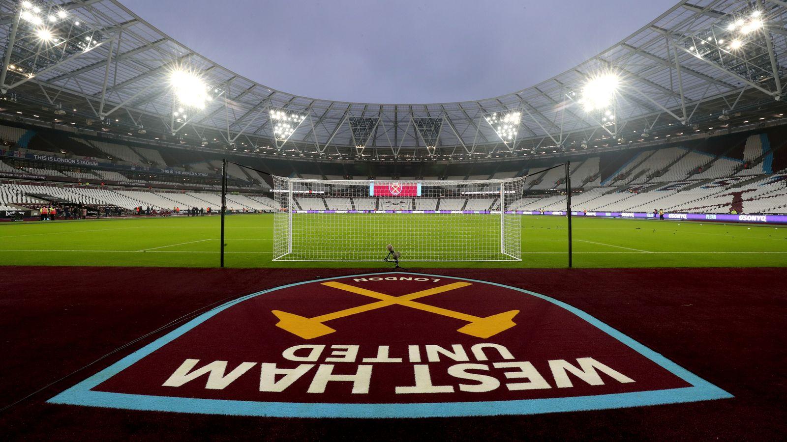 Ocho West Ham tienen síntomas de coronavirus, revela el vicepresidente Karren Brady | Noticias de futbol 58