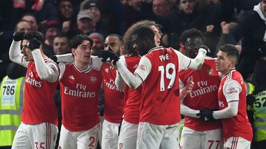 Howe: Arsenal not far from title challenge