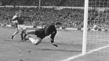 West Germany goalkeeper Hans Tilkowski has died aged 84