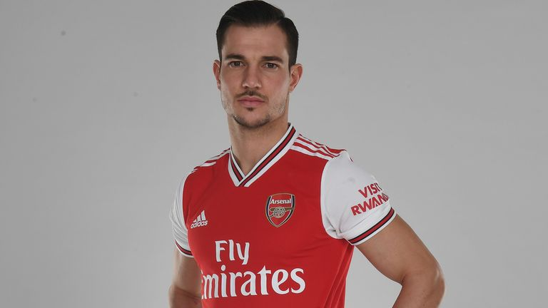 Cedric Soares has joined Arsenal until the end of the season