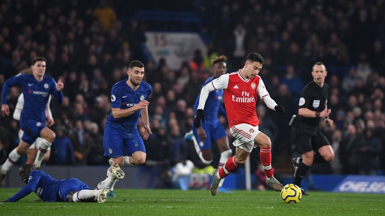 Martinelli capitalises on N'Golo Kante's slip to score Arsenal equaliser
