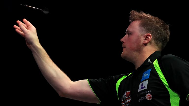 Williams will face his countryman Warren in Sunday's final