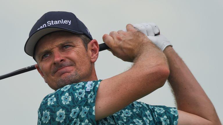 Kuchar survives Singapore golf meltdown