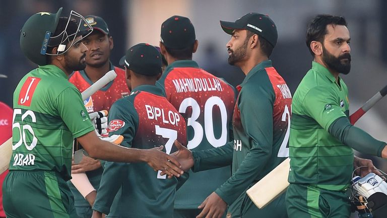 Bangladesh lose second T20 as Babar, Hafeez help Pakistan win home series