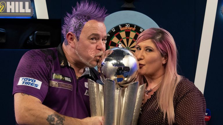 Peter Wright will be hoping to defend his World Championship crown with his wife, Jo, by his side