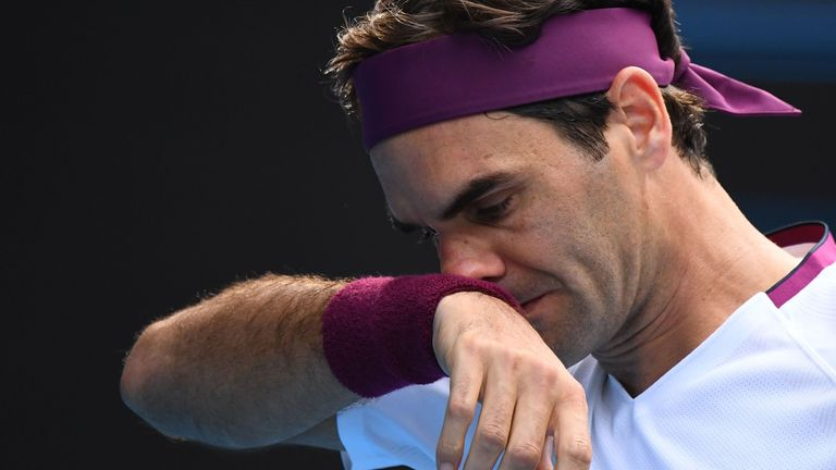 Roger Federer to miss Australian Open in February despite 'solid progress' in recovery from knee injury