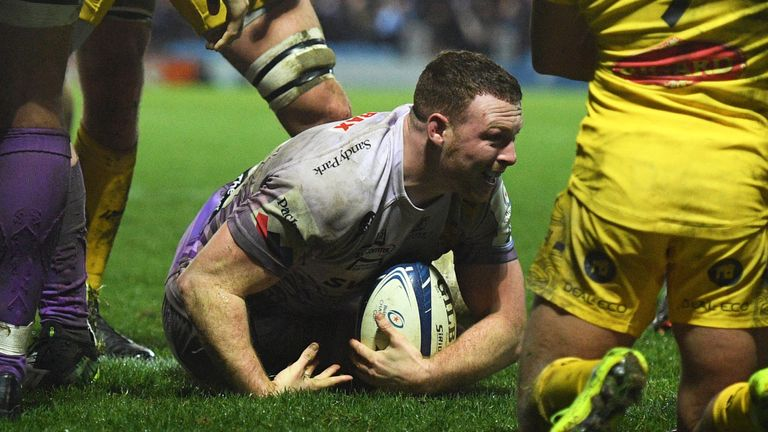 Sam Simmonds scored two tries as Exeter defeated La Rochelle